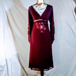 Gorgeous!! Vintage hand-embroidered dress small